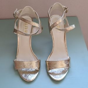 Gold Heels Size 5.5 JCPenneg Brand a.n.a